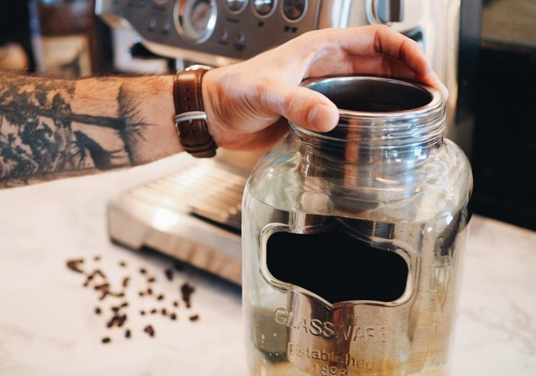 iced coffee recipe, iced coffee drink, summer drink, cold brew coffee