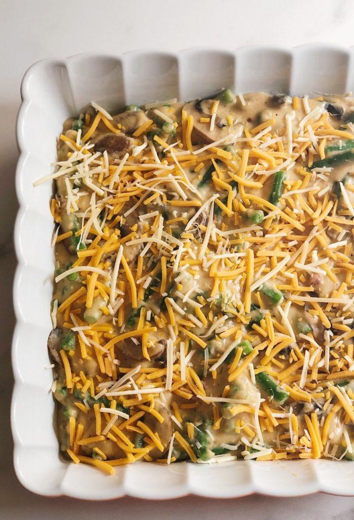 green bean casserole, green beans, traditional green bean casserole, cheesy casserole, thanksgiving recipes, christmas recipes, thanksgiving ideas, christmas casserole ideas, thanksgiving casserole ideas, easy green bean casserole recipes