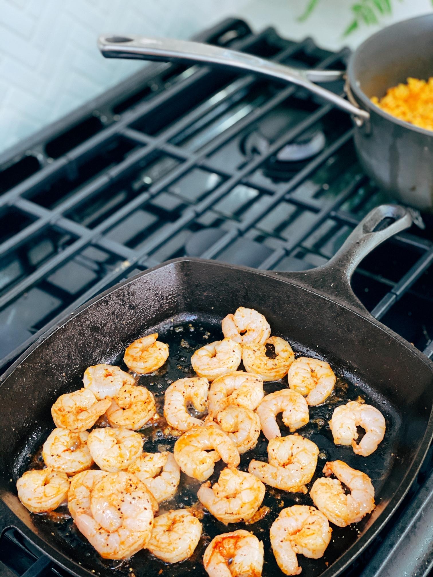 shrimp paella, spanish paella, food for parties, rice recipe, shrimp recipes, easy dinner recipes, chorizo recipes, shrimp and chorizo paella, spanish recipes, authentic spanish recipes